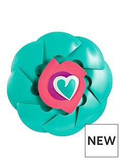 nella-the-princess-knight-rose-shield