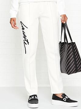lacoste-live-embroidered-logo-sweatpants-cream