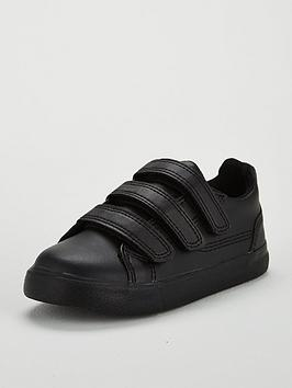 kickers-tovni-trip-strap-shoe