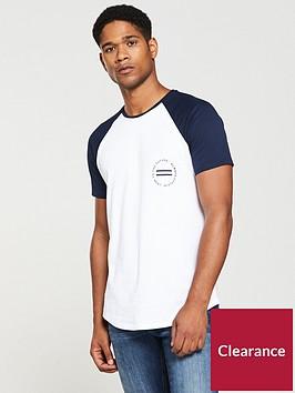 v-by-very-contrast-sleeve-raglan-t-shirt-whitenavy