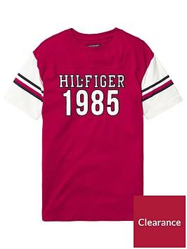 tommy-hilfiger-unisex-boxy-varsity-t-shirt-red