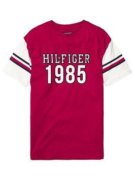 tommy-hilfiger-unisex-boxy-varsity-t-shirt