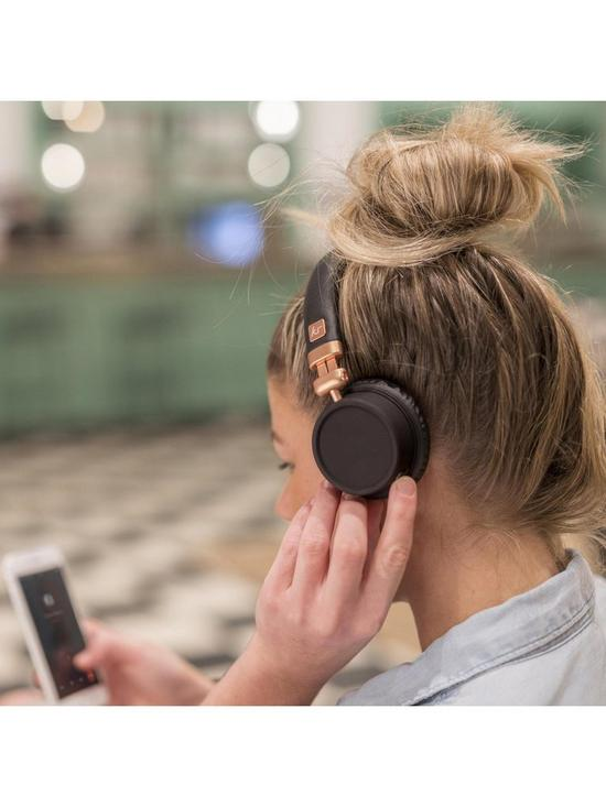 48eb59f159ea50 ... Kitsound Harlem Over-Ear Wireless Bluetooth Headphones – Rose Gold. 2  people are looking at this right now.