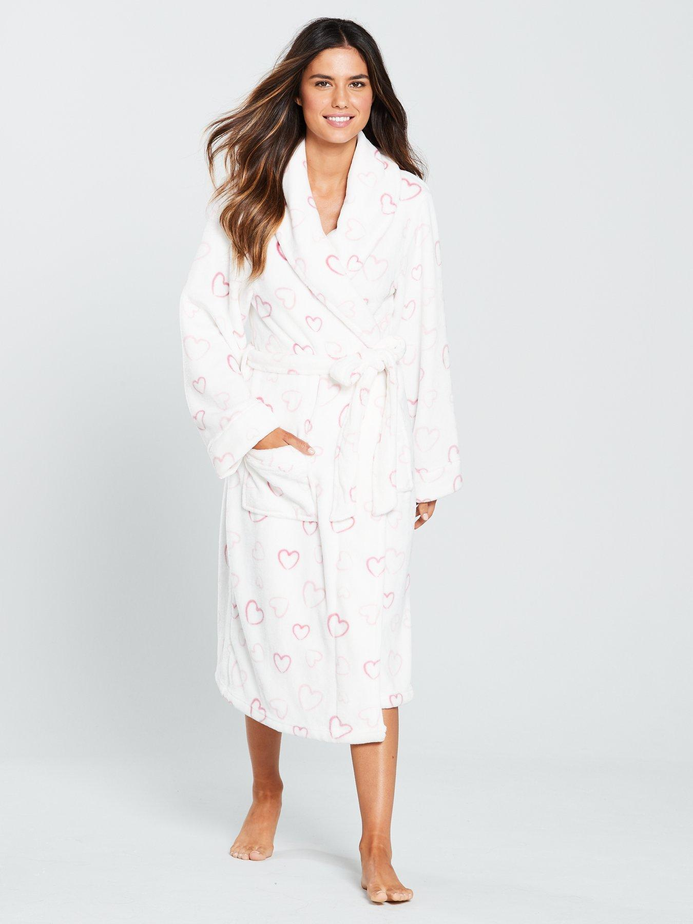V By Very Super Soft Heart Robe - Printed  cd3697d9a