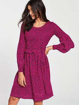 boss-orange-hugo-boss-alineh-dress-with-pink-heart-shaped-print