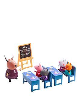 peppa-pig-classroom-play-set
