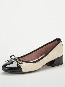 Butterfly Twists Cheval Low Heel Shoe - Cream/Black