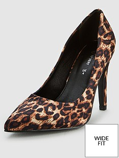 v-by-very-wide-fit-chica-high-point-court-shoe-leopard-print