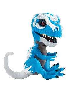 fingerlings-untamed--baby-t-rex-ironjaw