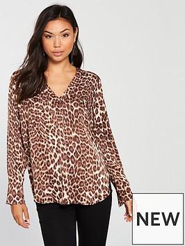 samsoe-samsoe-samsoe-amp-samsoe-hamill-leopard-print-v-neck-blouse