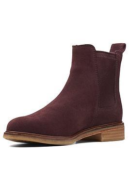 Clarks Arlo Ankle Boot - Burgundy