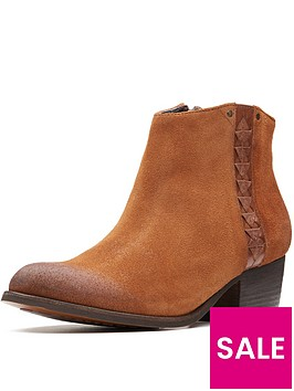 clarks-maypearl-fawn-ankle-boot