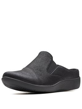 clarks-sillian-free-mule-black