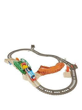 thomas-friends-trackmaster-daring-derail-set