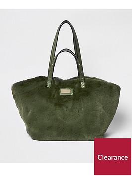 river-island-faux-fur-shopper-bag-khaki