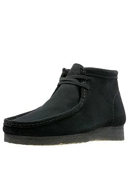 clarks-originals-suede-wallabee-boot
