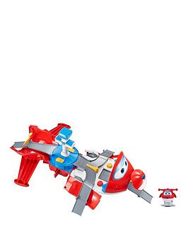 super-wings-jett039s-take-off-tower-hero-playset