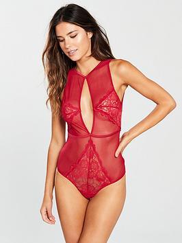 boux-avenue-ebony-body-red