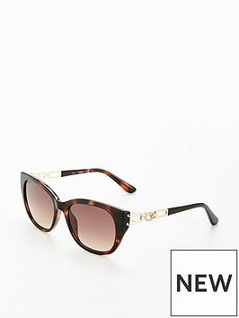 guess-chain-detail-havanna-sunglasses
