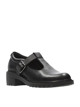 clarks-frankie-street-junior-shoe