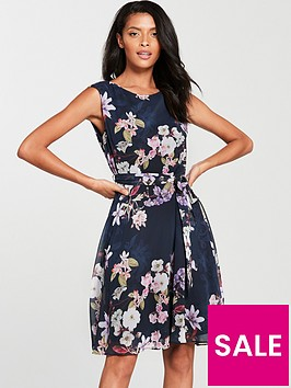 wallis-pretty-floral-fit-and-flare-dress