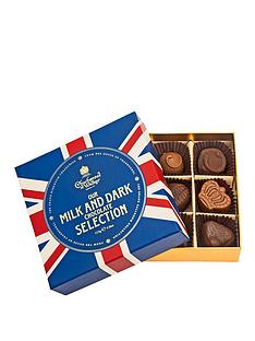 charbonnel-et-walker-charbonnel-et-walker-union-jack-milk-amp-dark-chocolate-selection-in-red-whiteamp-dark-blue