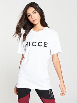 Nicce Oversized T-Shirt