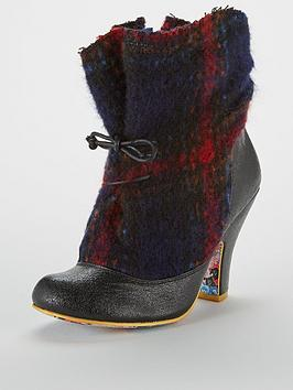 Irregular Choice Irregular Choice Marshmallow Mountain Ankle Boot