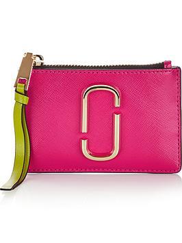 marc-jacobs-snapshot-top-zip-multi-wallet-pink-multi
