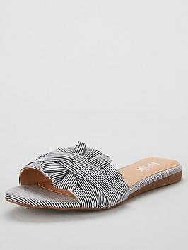wallis-spain-bow-slider-navy-stripe