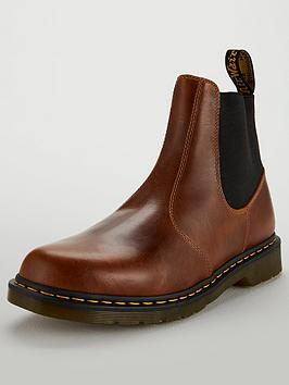 dr-martens-hardy-chelsea-boot