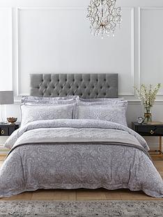 dorma-hertford-velvet-bedspread-thrownbsp
