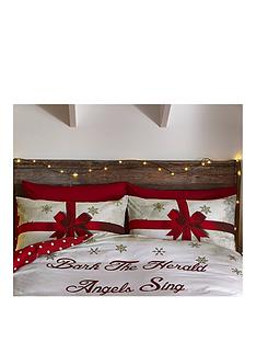 catherine-lansfield-merry-christmas-pressies-pillowcase-pair
