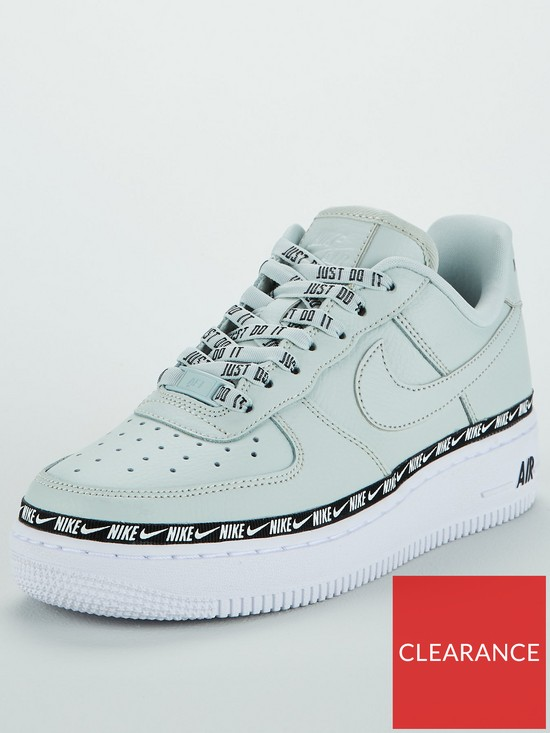 a0efd4e72cb Nike Air Force 1  07 SE Premium