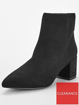 v-by-very-fable-point-low-block-heel-ankle-boot-black
