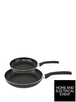 prestige-safecook-2-piece-frying-pan-set