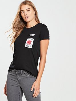 v-by-very-romance-badge-tshirt