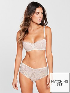 wonderbra-refined-glamour-shorty
