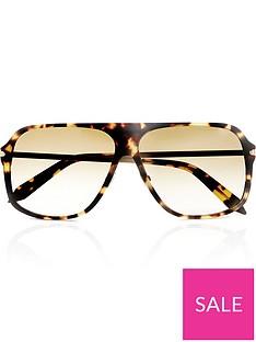 victoria-beckham-fine-square-sunglasses-yellow-tort