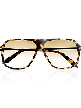 victoria-beckham-fine-square-sunglasses-yellow-tort