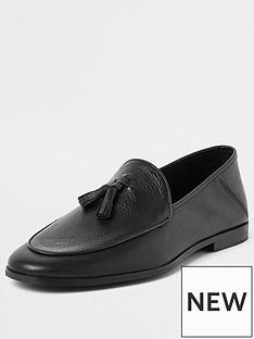 river-island-blacktextured-leather-tassel-loafer