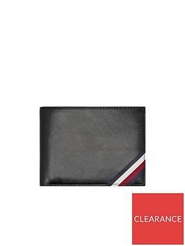 tommy-hilfiger-flag-edge-wallet