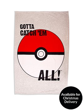 pokemon-pokeball-polar-fleece