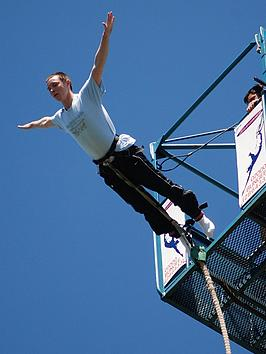 virgin-experience-days-bungee-jump-for-one