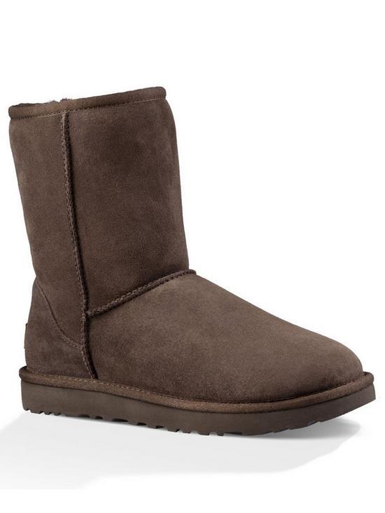 b4768b14ffd Classic Short II Boots - Chocolate