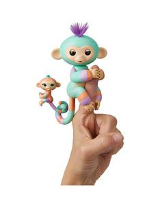 fingerlings-big-monkey-matching-baby-danny