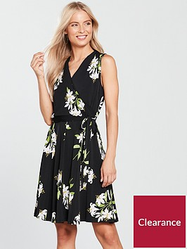 wallis-lily-bouquet-fit-and-flare-wrap-dress-black