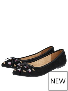 2c329d01f8f47d Accessorize Annie Embroidered Point