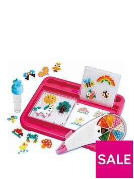 aqua-beads-rainbow-pen-station