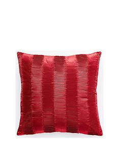 pleats-cushion